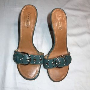 COACH SHOES WOMEN SIZE 8 heel 3.5 NWOT